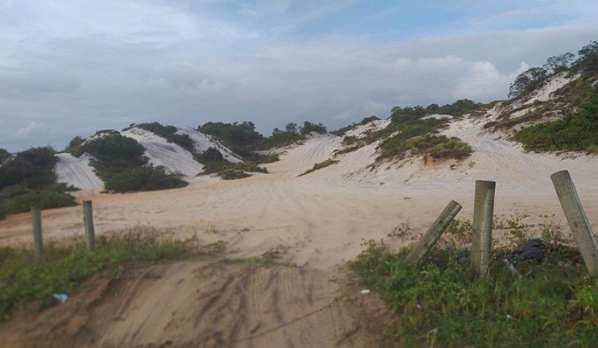 [Davi Damovar escreve sobre a degradação das dunas de Jauá e Abrantes]