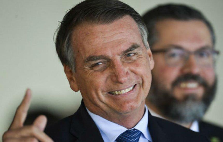 [Jair Bolsonaro assina Projeto de Lei Anticrime]