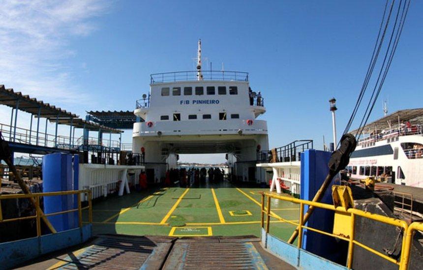 [Idosa de 85 anos passa mal e morre no ferry-boat durante travessia]