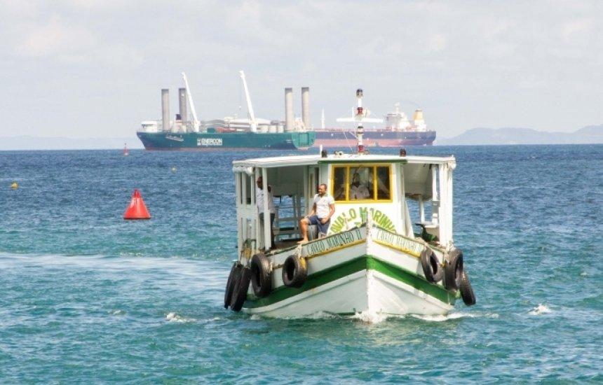 [Travessia Salvador-Mar Grande tem embarque tranquilo e conta com 8 embarcações]