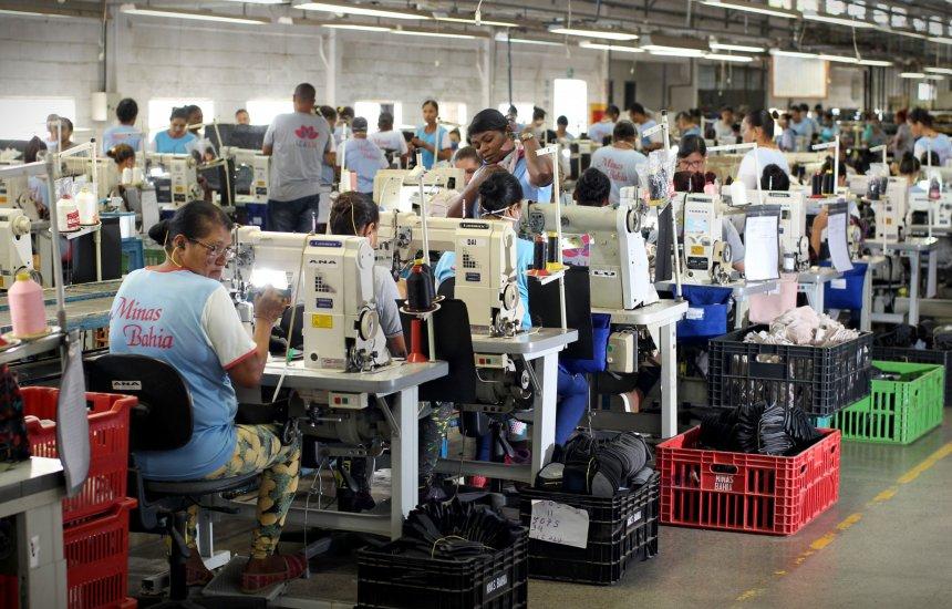 6bcedab78 Fábricas de calçados geram 31 mil empregos diretos na Bahia ...