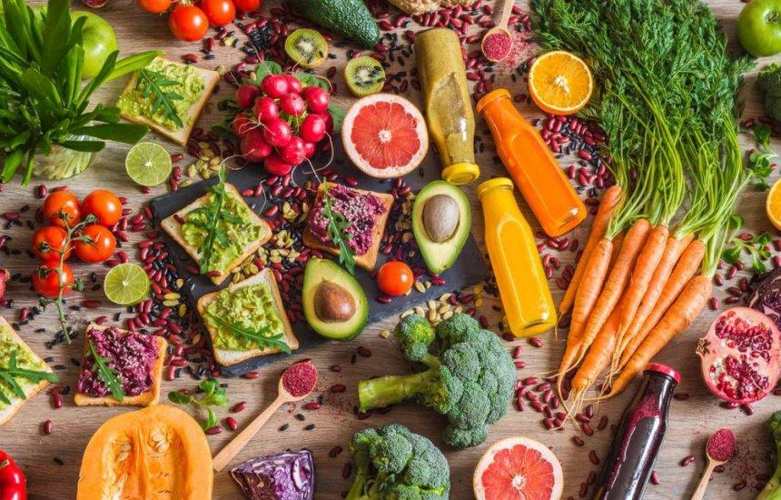 [18 alimentos para aumentar a imunidade de forma natural]