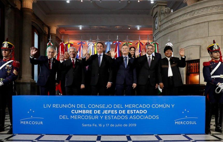 [Bolsonaro confirma que governo vai liberar saques de contas ativas do FGTS]