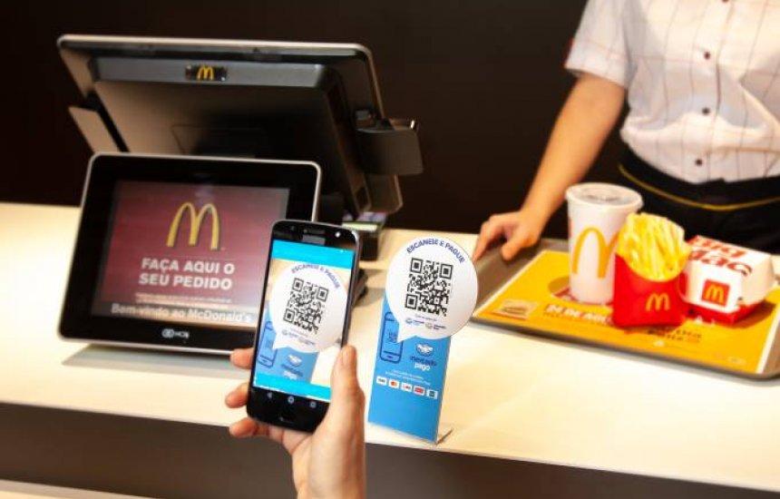 [McDonald's aceita pagamento por código QR com Mercado Pago]