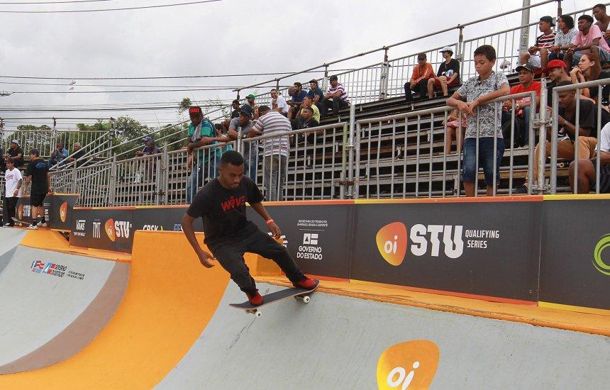 [Lauro de Freitas sedia etapa do Circuito Brasileiro de Skate Profissional]