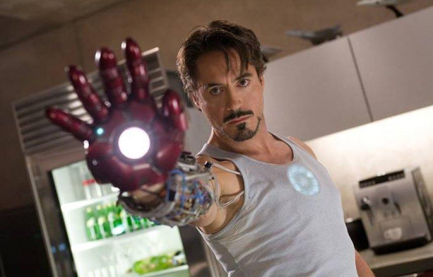 [Robert Downey Jr. retorna como Homem de Ferro em 'Viúva Negra']