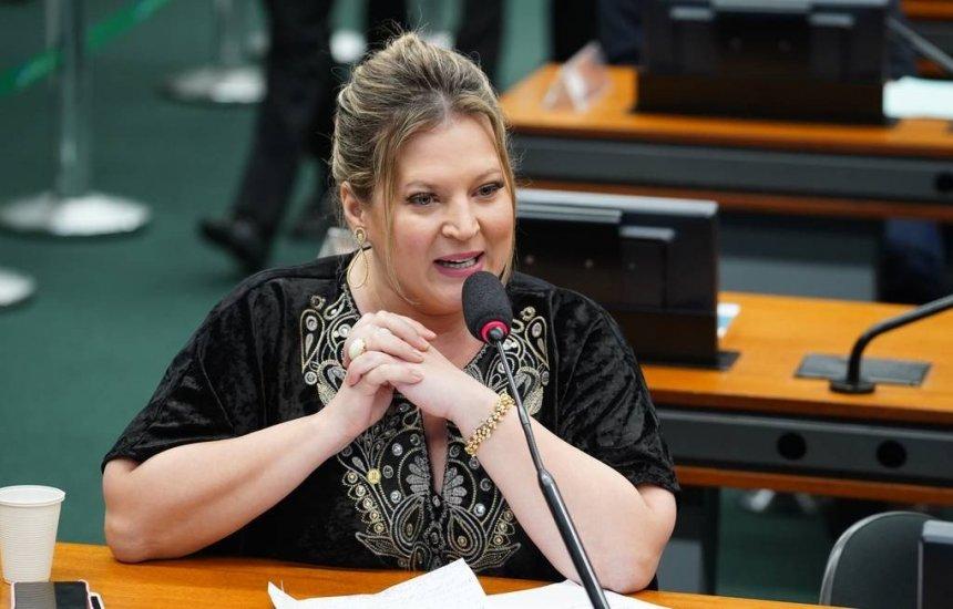 [Bolsonaro decide tirar Joice Hasselmann da liderança do Governo]