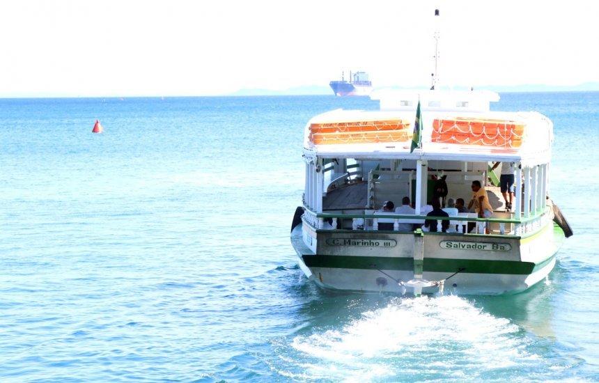 [Passageiros encontram embarque tranquilo nas travessias de Mar Grande e Morro]