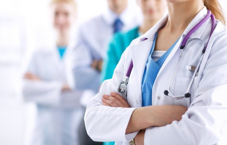[Projeto exige que profissionais da saúde possam ter local adequado para descanso]