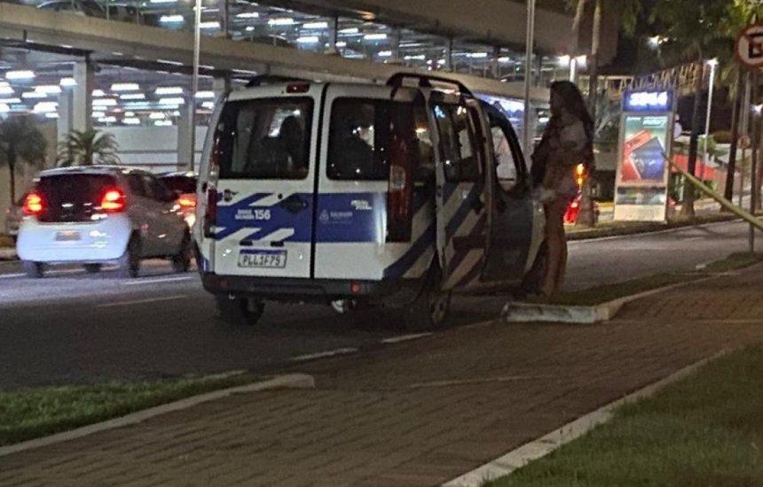 [Motorista usa carro de secretaria para transportar pessoas para confraternização e é demitido]
