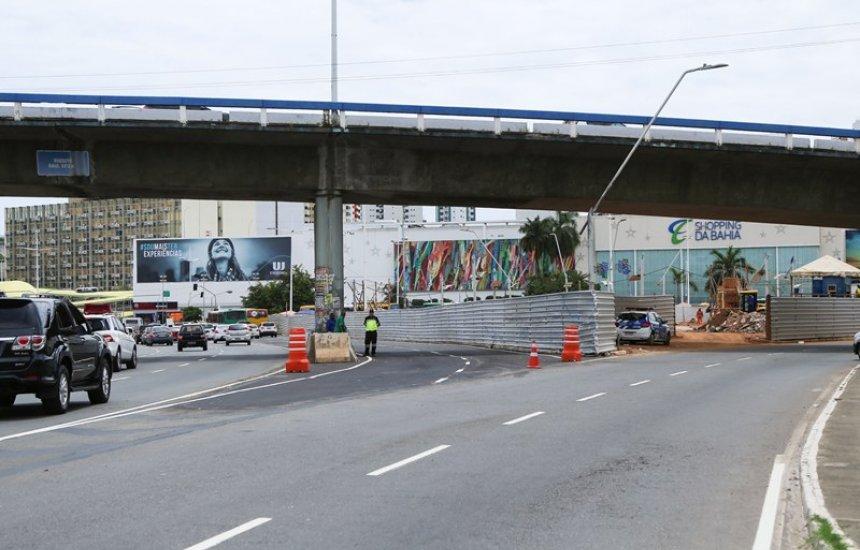 [Trânsito é modificado na região do Shopping da Bahia]