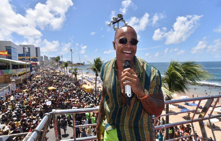 [Ivete, Anitta, Bell e Léo Santana: Governo anuncia atrações do carnaval]