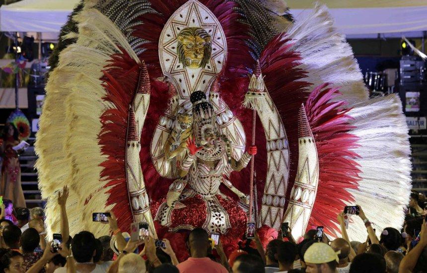 [Concurso Nacional de Fantasia LGBT acontece no Carnaval]