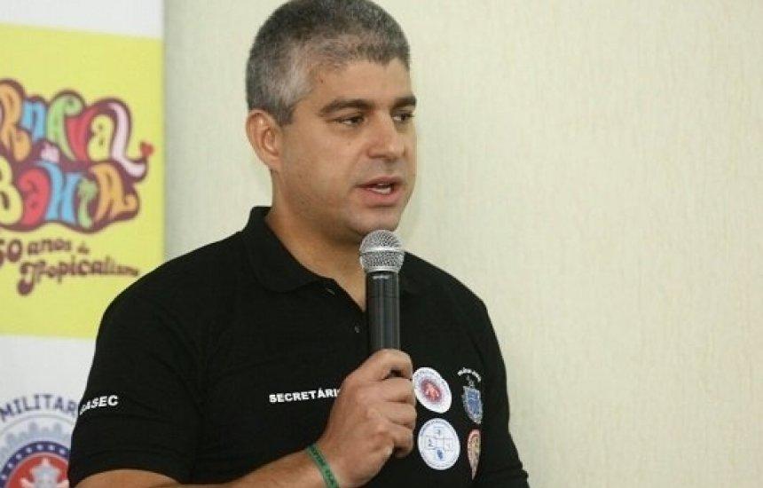 [Secretário da SSP afirma que aumento de brigas em Carnaval tem relação com aumento de ambulantes]