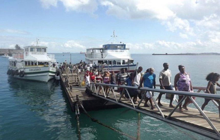 [Travessia Salvador-Mar Grande tem fluxo intenso no retorno da Ilha]