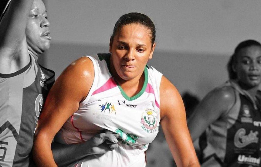 [Tetracampeã brasileira de basquete, Kelly Cota morre aos 39 anos]
