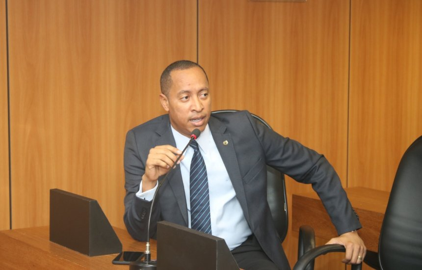 [Deputado Jurailton solicita redução das mensalidades da rede privada durante enfrentamento ao Covid-19 na Bahia]