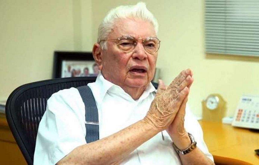 [Morre aos 91 anos Nevaldo Rocha, dono das lojas Riachuelo]