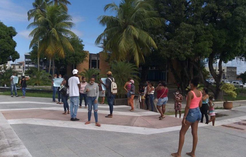 [Comunidade do Quilombo da Cordoaria realizam protesto para liberação de obra]