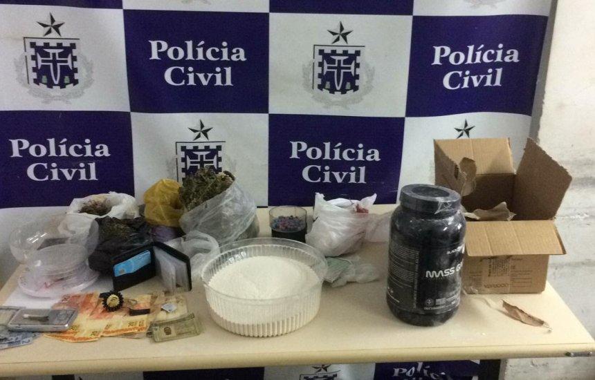 [Polícia desmonta esquema de tráfico de ecstasy pelos Correios]