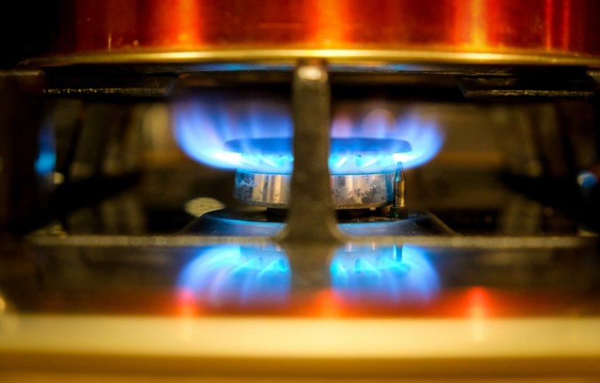 [Saiba como economizar gás de cozinha durante período de isolamento]