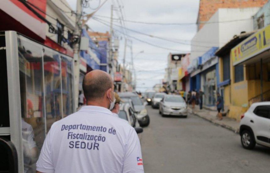 [17 estabelecimentos são fechados em Lauro de Freitas após reabrirem sem autorização]