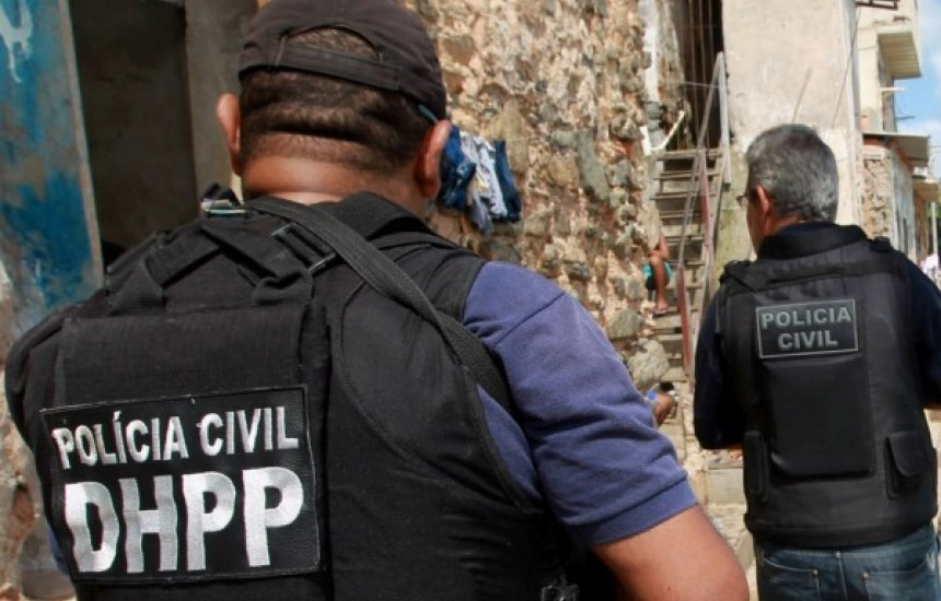 [Governador afirma que serão convocados 182 aprovados no concurso da Polícia Civil]