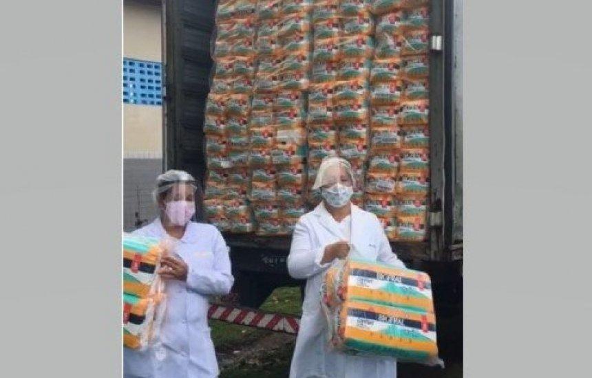 [Bigfral e BASF distribuem mais de 50 mil fraldas para associações de Camaçari, Dias d'Ávila e Góias]