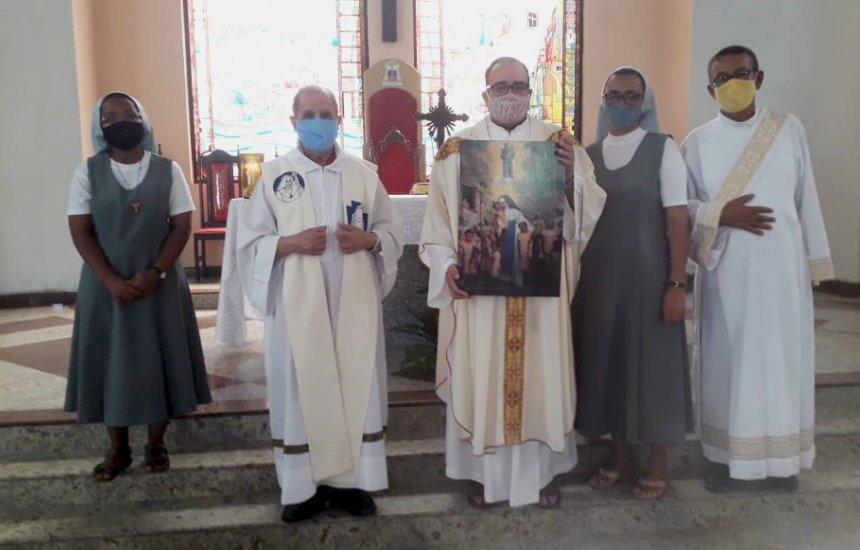 [Dia da Santa Dulce é celebrado com missa na Catedral São Thomaz de Cantuária]