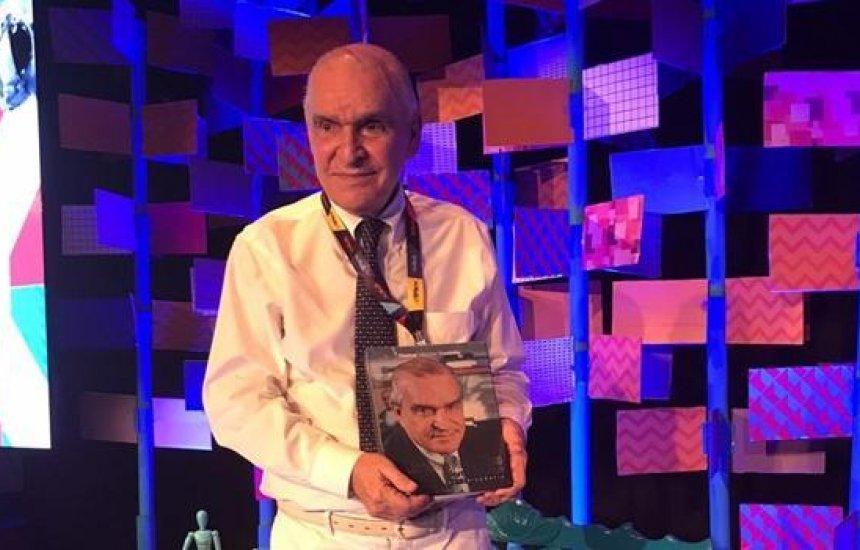[Médico Elsimar Coutinho morre aos 90 anos após complicações da Covid-19]