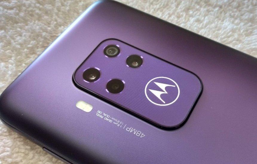 [Motorola One Zoom começa a receber o Android 10 no Brasil]