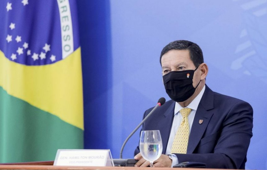 [Hamilton Mourão quer apresentar proposta de desenvolvimento sustentável para a Amazônia]