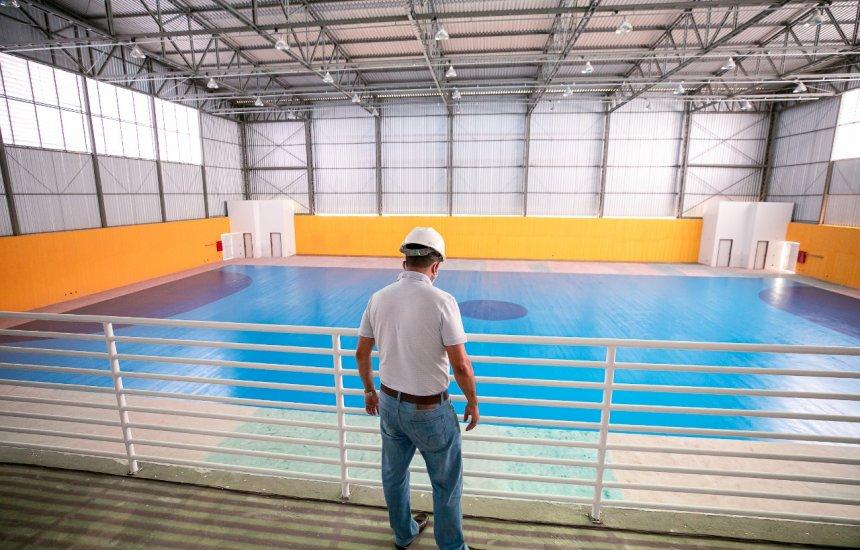 [Centro esportivo em Camaçari segue com 85% do serviço finalizado]