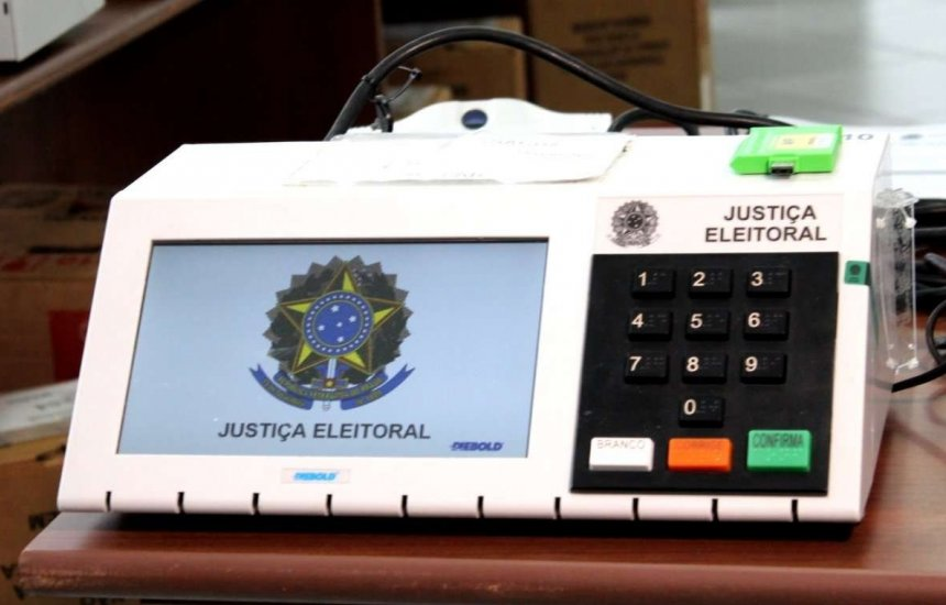 [Eleições municipais: 39 candidatos concorrem a uma vaga na Câmara de Camaçari pelo DEM]