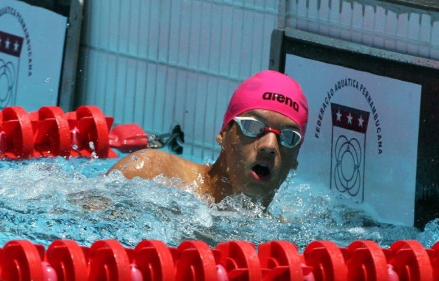 [Atleta baiano de natação é destaque em competição realizada em Recife]