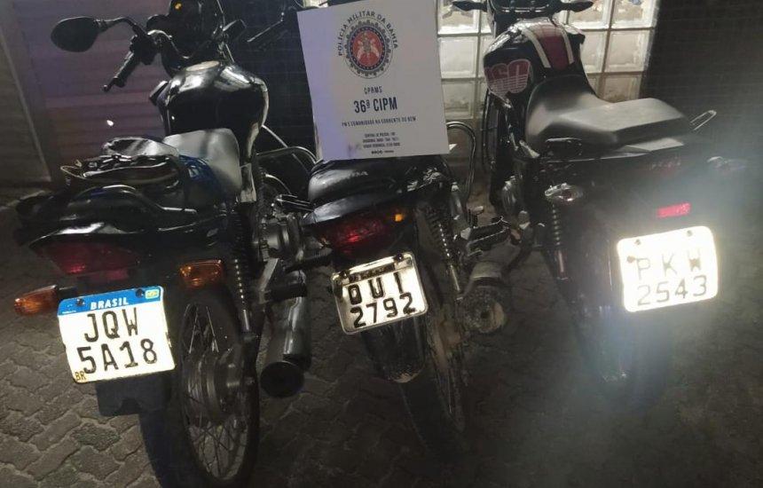 Trio é preso em desmanche de veículos em Dias d'Ávila; Moto roubada em Camaçari é apreendida