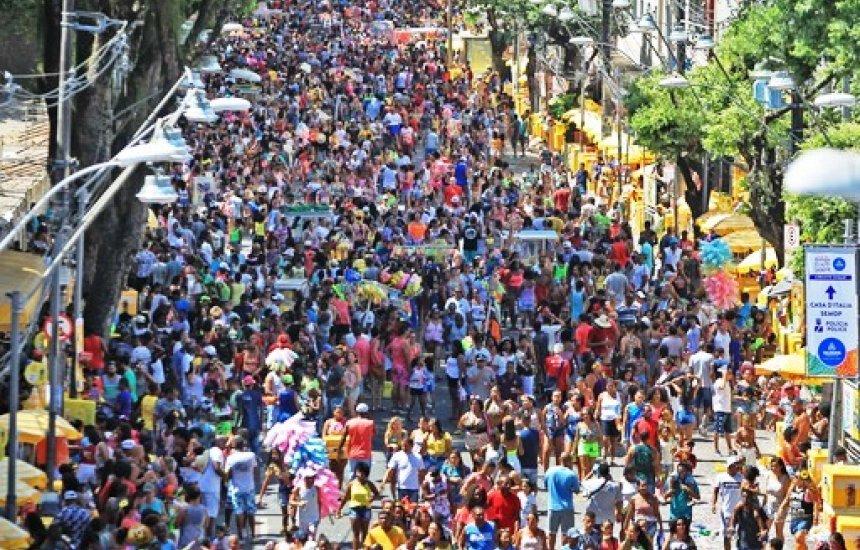 [Blocos e camarotes seguem vendendo abadás para carnaval de 2021 em Salvador]