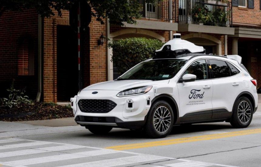 [Ford inicia testes com carros autônomos de quarta geração]