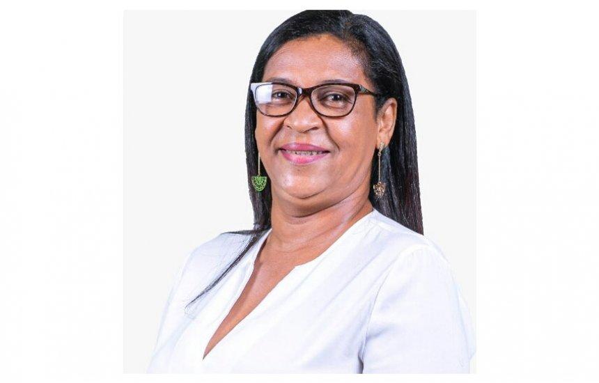 Candidata a vereadora, Marli do Posto homenageia todos os Servidores Públicos pelo seu dia