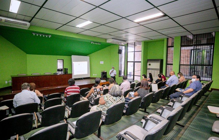 [Secretarias de Camaçari se reúnem para elaboração do protocolo de retorno às aulas]