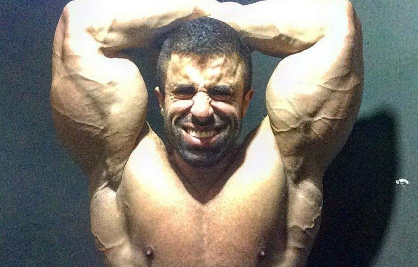 "[Fisiculturista carioca Victor Luna, o ""Big Boy"", morre vítima da Covid-19]"