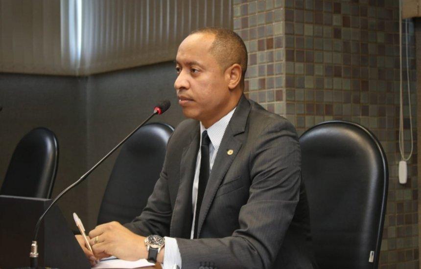 [Jurailton Santos repudia crime contra homem negro e reforça a importância do Dia da Consciência Negra]
