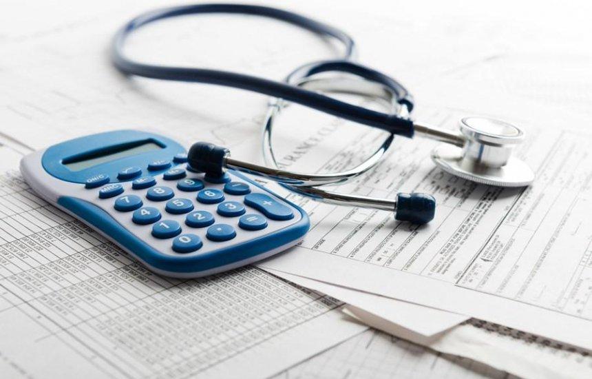 [Reajustes de planos de saúde voltam a ser pagos em janeiro]