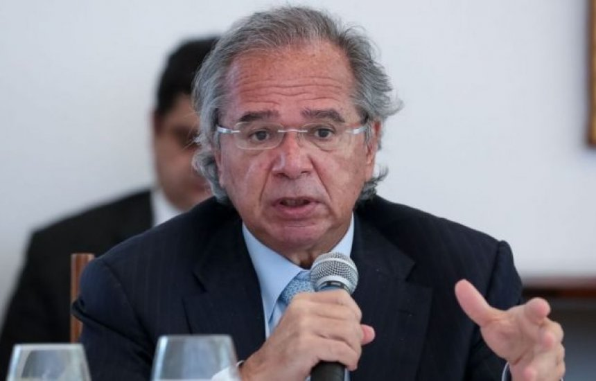 Guedes diz que país vai perder menos empregos que na última recessão
