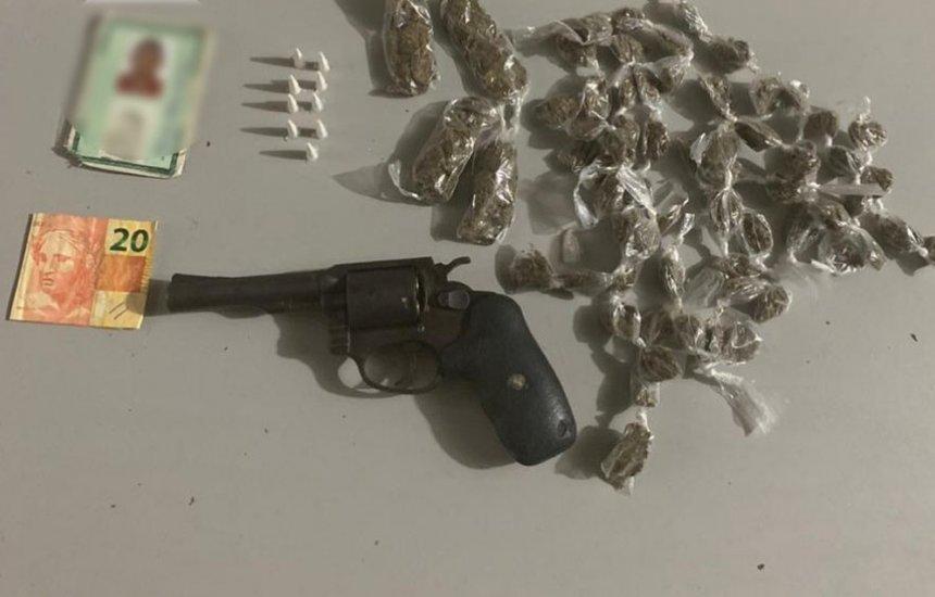 Homem é morto em confronto com PMs na Região Metropolitana; armas e drogas foram apreendidas