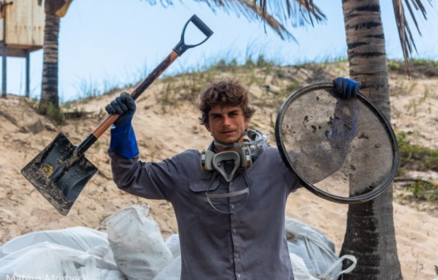 [Engenheiro da Cetrel conquista prêmio por remoção de petróleo em praias baianas]