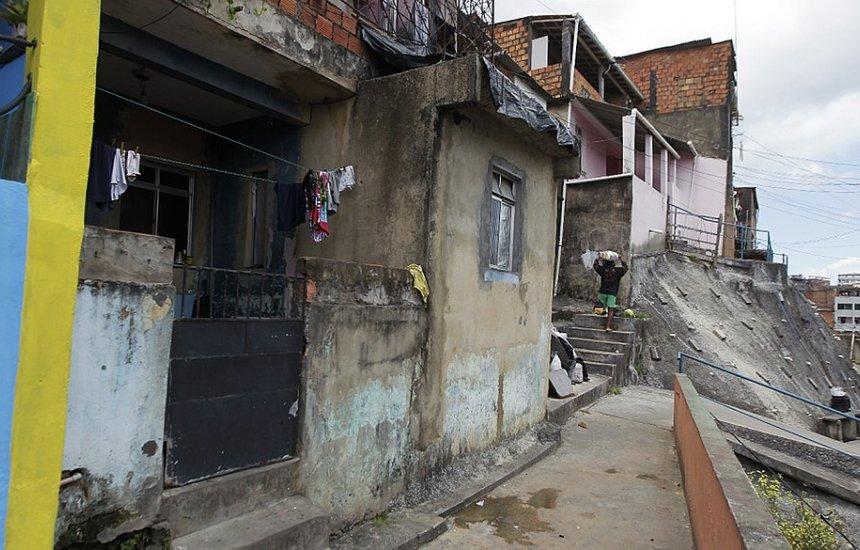 Bom Juá: traficantes invadem aniversário, matam uma pessoa e ferem três