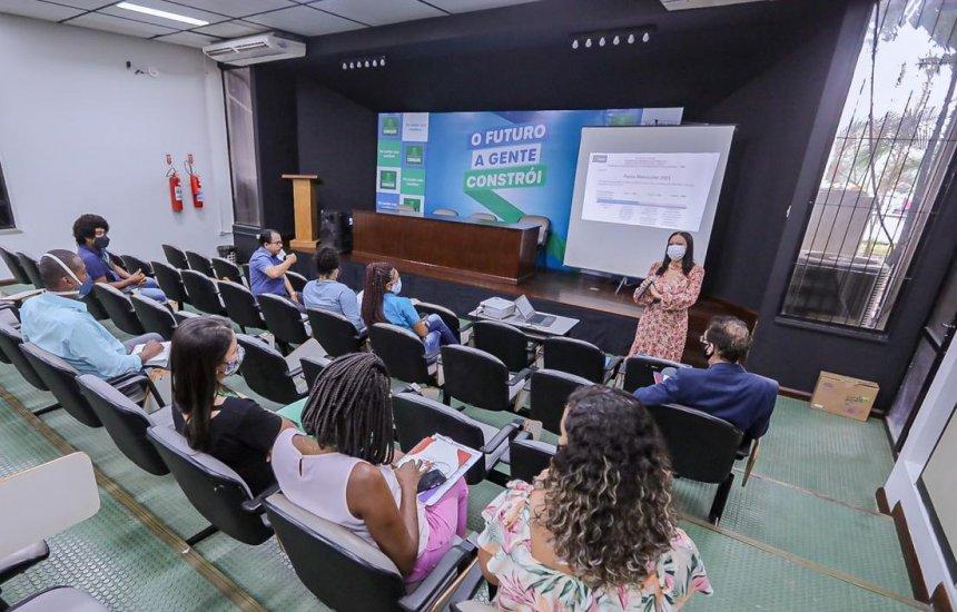Secretaria da Educação realiza planejamento para matrícula on-line em Camaçari