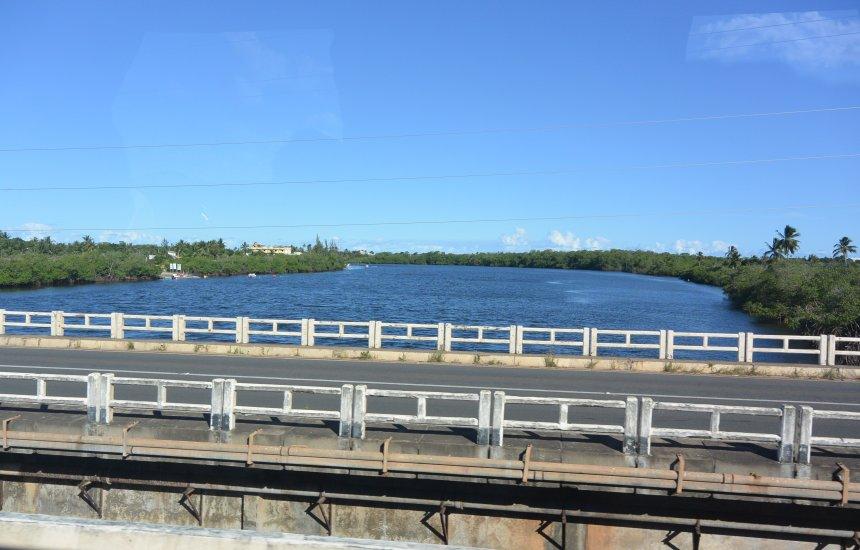[CLN informa série de obras em pontes do município de Camaçari]
