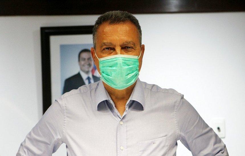 [Em 'previsão muito otimista', Rui fala em 50% da população vacinada até o meio do ano]